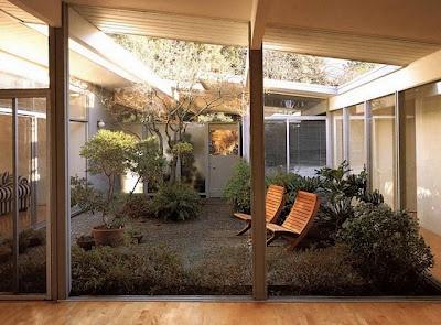 landscaped atrium, Joseph Eichler home