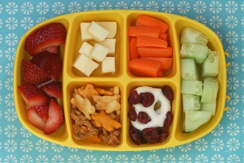 Bentos for toddlers. A nibble tray.