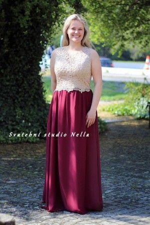 Vínové-zlaté dlouhé plesové společenské šaty. Ceny na www.svatebninella.cz  plesové  šaty dd9a499ed7