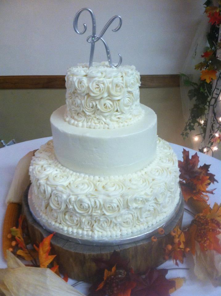 rossette wedding cake