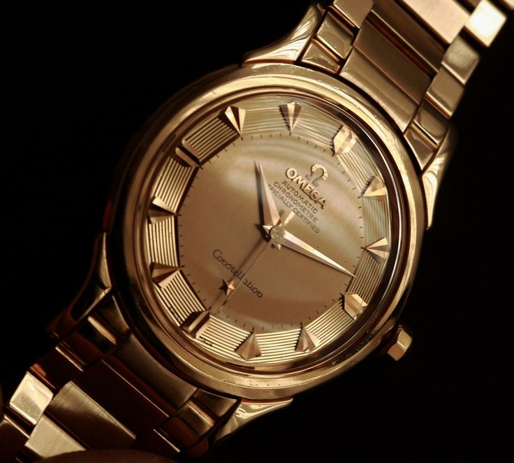 Vintage OMEGA Constellation Deluxe Stepped Piepan In 18K Solid Gold On Flat-Link Bracelet - http://omegaforums.net