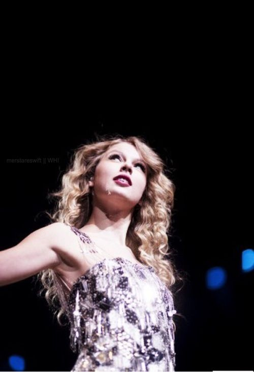 Taylor Swift Journey To Fearless Tour 2009/2010 #taylor swift #taylor swift performance #taylor swift pics #taylor swift pictures #taylor swift 2010 #taylor swift curly