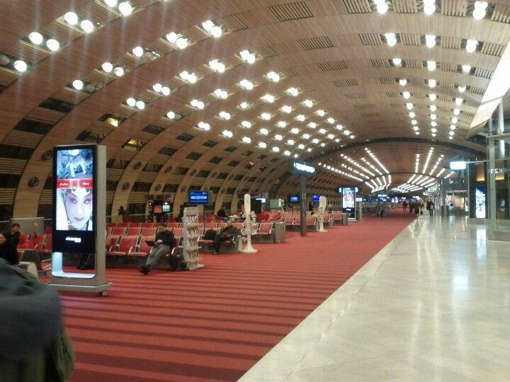 paris airport
