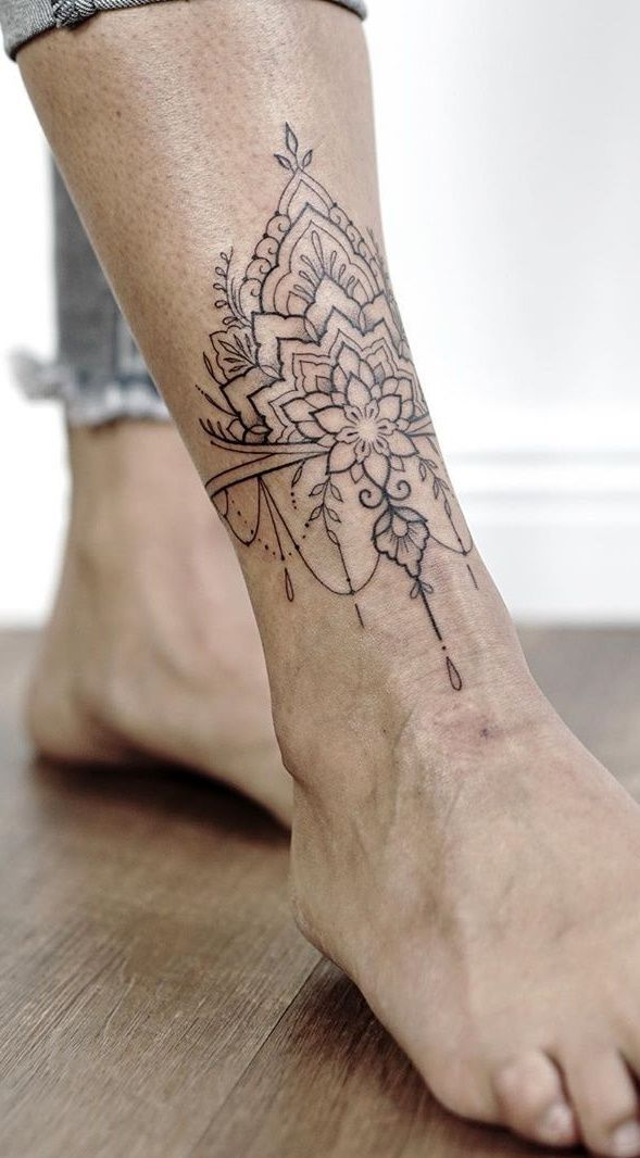 30 Female Ankle Tattoos For Inspiration Pictures And Tattoos In 2020 Ankle Tattoos For Women Wrap Around Ankle Tattoos Ankle Tattoos For Women Mandala