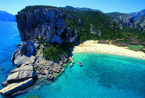 Cala Luna, Sardinia.  I can never stop staring at such clear blue water! Let's go!