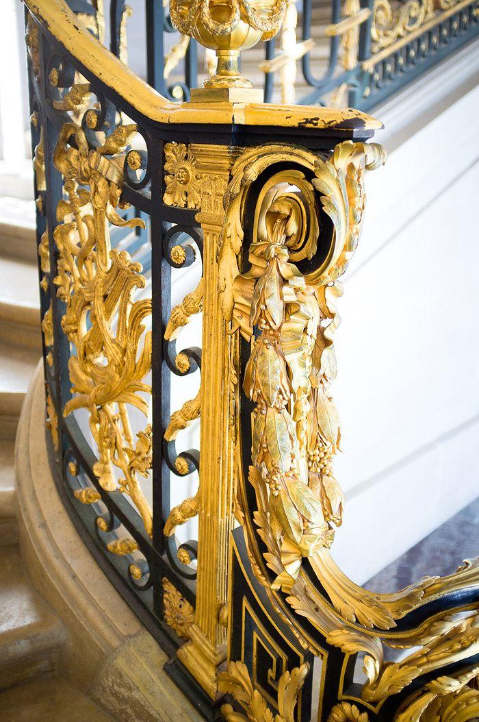 versailles- gilded balustrade detail