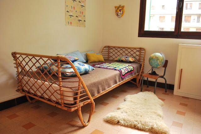 Moon to Moon: Vintage Rattan Toddler Beds....