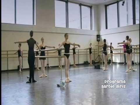 Barbie em o Quebra Nozes: Vivendo um sonho de Ballet (Parte 2 de 3)