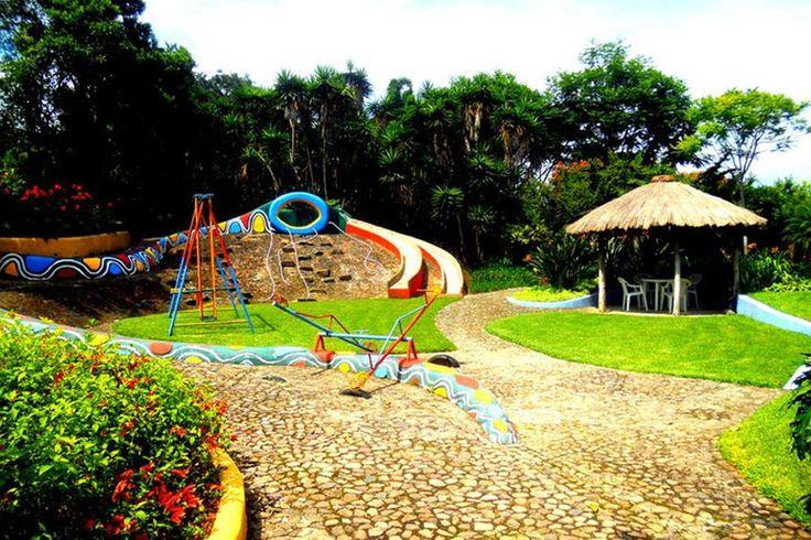 Quinta de las Flores, Antigua      Hotel Camino Real Tikal      Casa Xara, Tecpán      Hotel Atitlán, Atitlán      Rancho Grande Inn, Atitlán