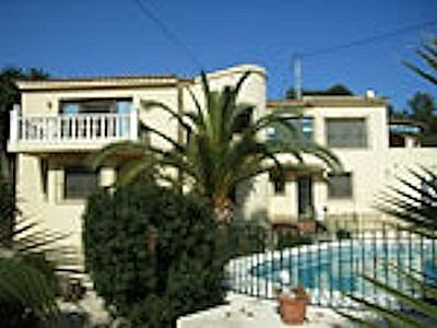 Villa Tallakim is a large 7 bedroom, 4 bathroom villa located just a short walk from the shops, restaurants and beaches of Moraira on the Spanish Costa Blanca. For more information, or to contact the owner directly click here: http://www.akilar.com/listing--1648.html