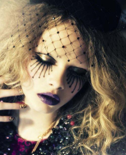 Cara Delevingne by Ellen Von Unwerth for Vogue Italia.
