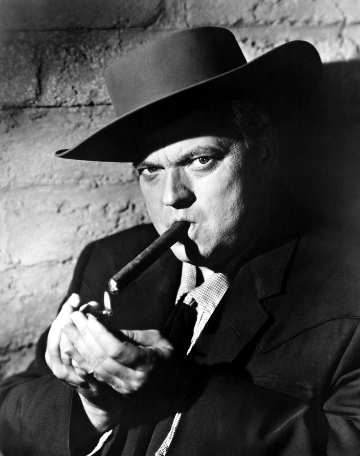 Orson Welles in Man in the Shadow, 1957.