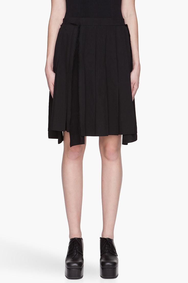 COMME DES GARÇONS Black pleated asymmetric Wool Tropical Skirt
