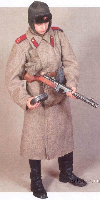 114: Krasnoarmeey en uniforme de invierno, las tropas internas de la NKVD, 1943-1945
