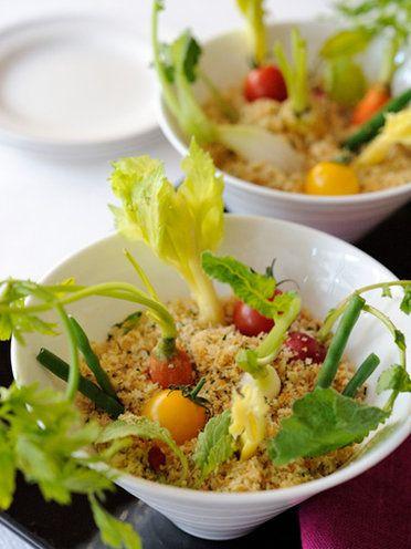 for home party  【ELLE a table】収穫しながらいただく、アンチョビディップの野菜スティック|エル・オンライン