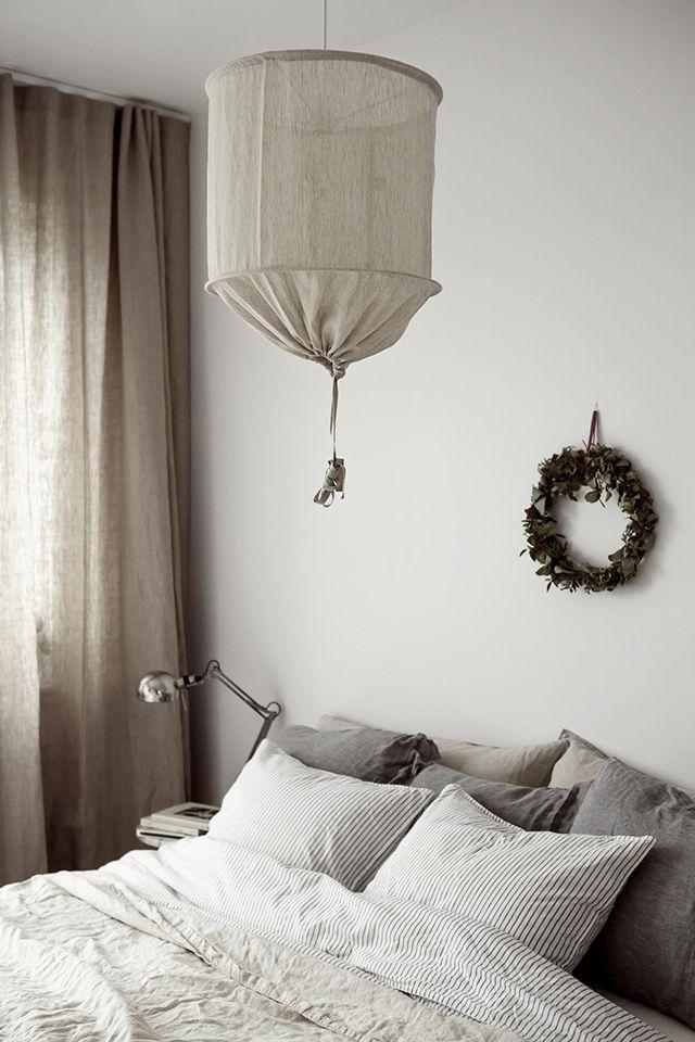 TDC: beige linen accents + wreath