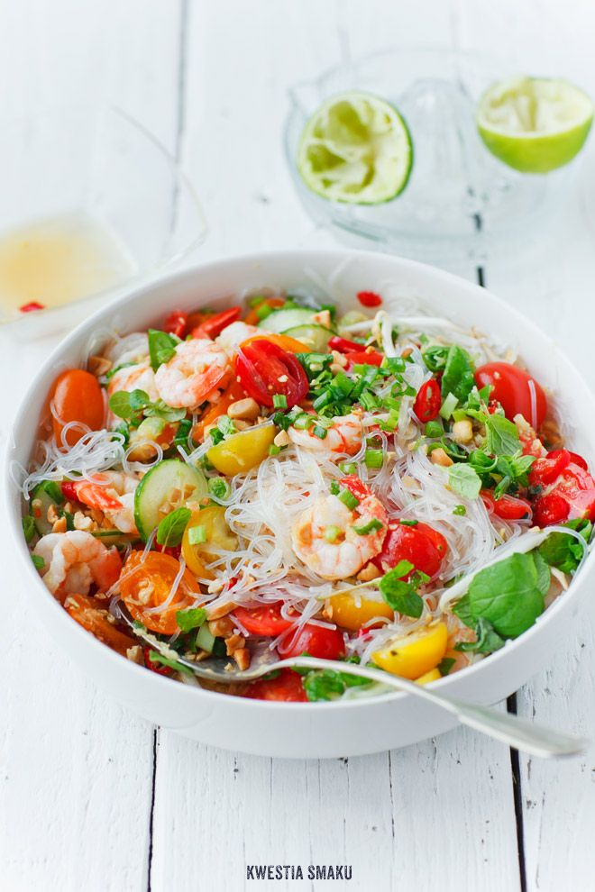 "thai salad w/ rice noodles, shrimp & cherry tomatoes me: makes me smile to see this pin! :-D ""yum-woon-sen-koong-sod"" (in Thai)"