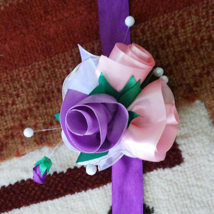 Easy corsage just a photo