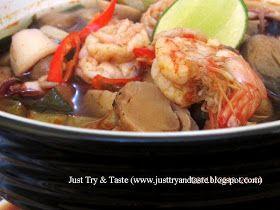 Just Try & Taste: Tom Yam Seafood (Sup Seafood Asam Pedas ala Thailand)