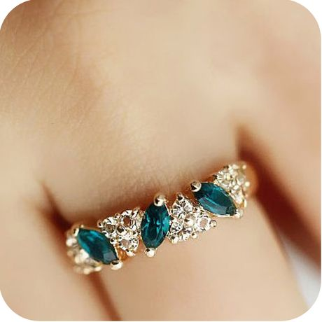 Emerald cheap fashion Ring,cheap fashion rings shop at : http://Costwe.com/fashion-cheap-rings-c-47_43.html