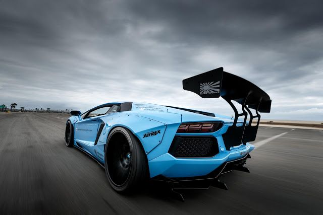 Blue Lamborghini Wallpaper With Spoiler