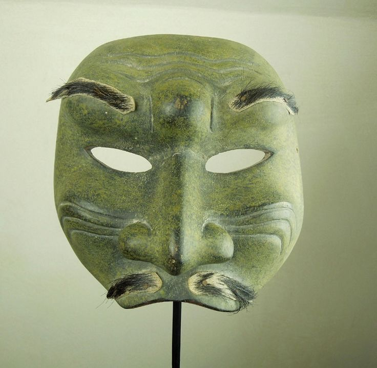 MASCHERA FACCIALE LOMBOK http://shop.etniegalleria.it/epages/8530.sf/it_IT/?ObjectPath=/Shops/8530/Products/M007
