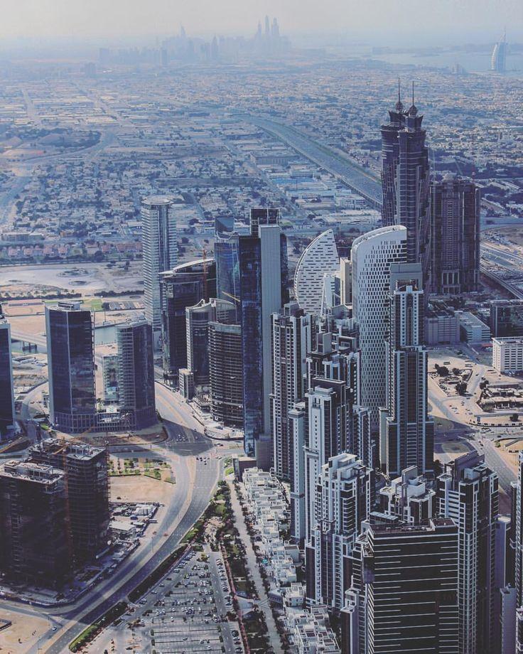 Parádní výhled z dubjského mrakodrapu!