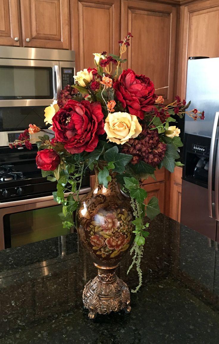 102 best Floral images on Pinterest   Floral design, Floral ...