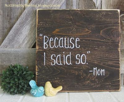 Small pallet signs using cedar boards, wood stain and chalk pen. Mother's Day gift DIY home decor Not2ShabbyDarling.blogspot.com