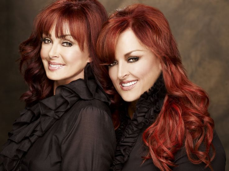 Ashley and Wynonna Judd #sisters #Judds