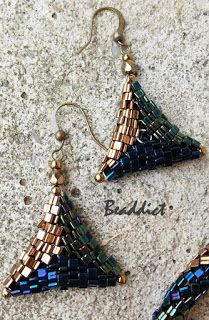 Peyote earrings. Designed and beaded by Beaddict. Herringbone, peyote, triangle beads.