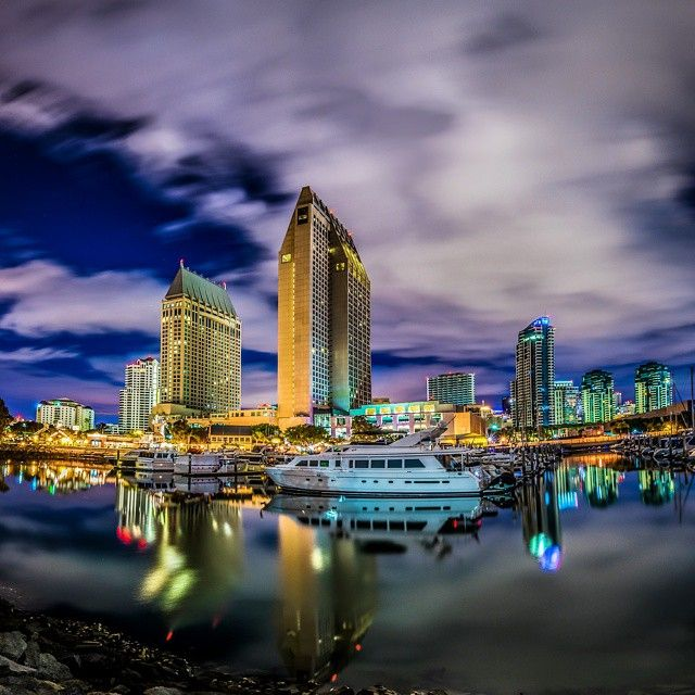 A shot from the Embarcadero Marina Park North @manchestergrand. Photo courtesy of @born_2x.