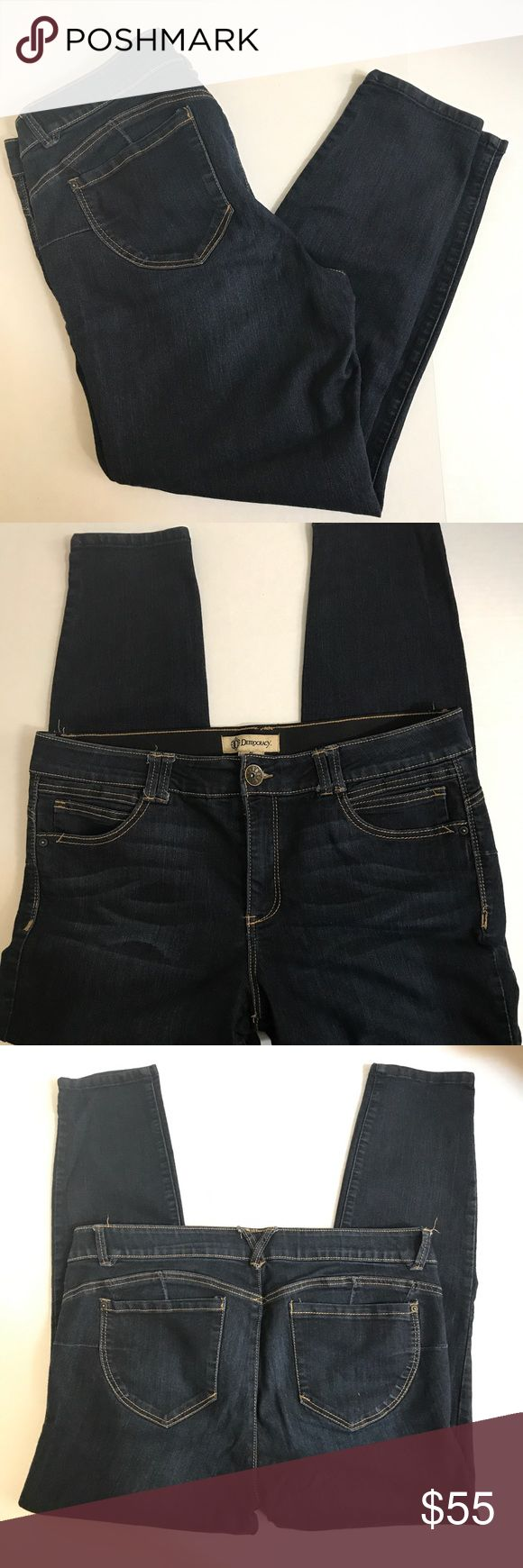 """Democracy AB technology booty lift jeans!  Sz. 16 Omg!!!  How come no one ever told me about elastic waisted jeans that don't look like they are elastic??!!!  These are jeans perfection!!!  Waist measures 19"""" across the front flat laid, rise measures 10.5"""" and inseam is 27"""".  EUC - flawless!  JP0111110917 Democracy Jeans Ankle & Cropped"""