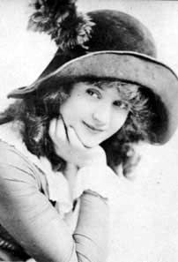 """Billie Burke (1884 - 1970) Played Glinda the Good Witch in the movie """"The Wizard of Oz"""""""