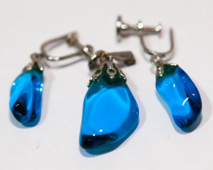 Screw Back Blue Glass Stone Drop Earrings, Pendant by GenusJewels on Etsy