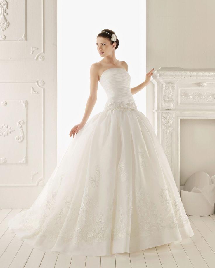 vestido de noiva com cintura descaída e saia volumosa - Coleções Vestidos de Noiva 2013 – Aire Barcelona #casarcomgosto