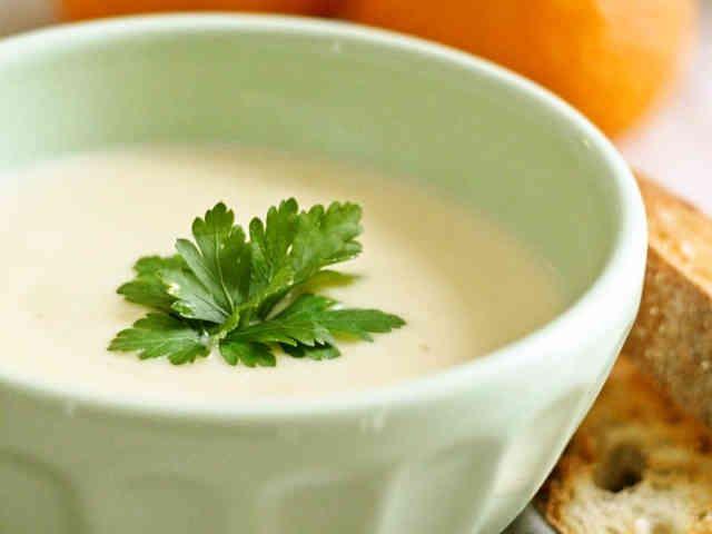 ほっこりクリーミーなカリフラワースープの画像