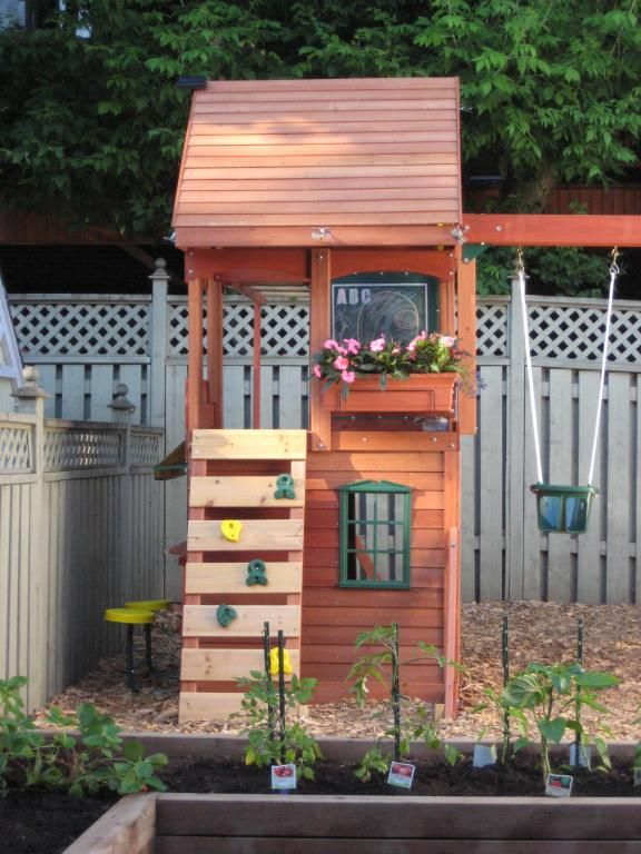 small outdoor playsets | Wooden Swing Sets For Small Backyard