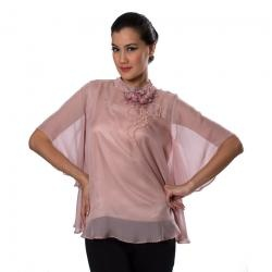 Pemotretan karya YONGKI BUDI SUTISNA  CYFB 09 PINK di Fashionbiz Indonesia
