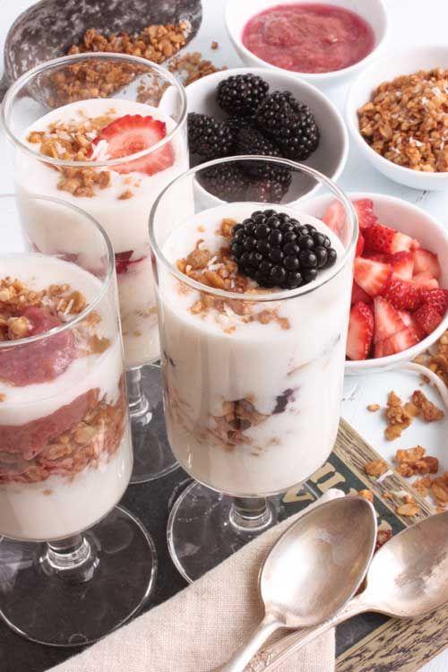 Almond milk yogurt made creamy with arrowroot (or tapioca) starch and agar agar. #vegan #yogurt #non-dairy