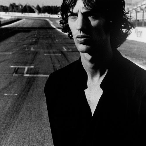 Richard Ashcroft this guys music is so so cool big fan of rich and his band  THE VERVE  this is how we roll....tc