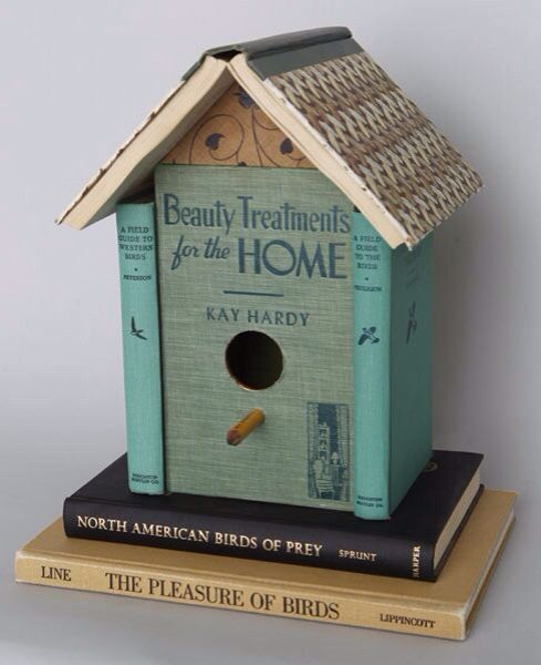 Book Birdhouse for indoors