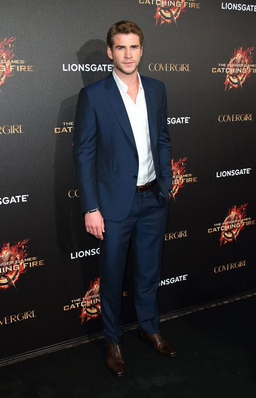 El hermano de Chris Hemsworth, Liam: Lapel Ermenegildo, Catch Fire, Chris Hemsworth, Cannes Film Festivals, Grand Entrance, Ermenegildo Zegna, Liam Hemsworth, Hunger Games, Notch Lapel