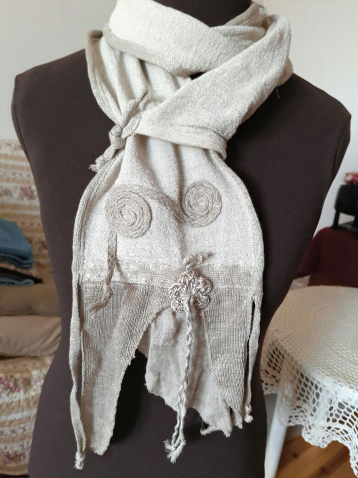 Linen scarf with linen decorations linen hit