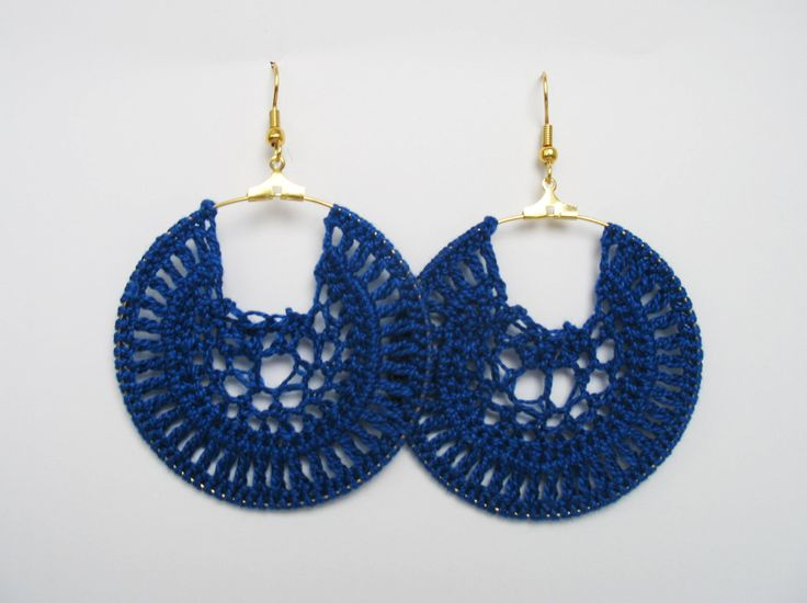 Dark blue hand crochet hoop earrings by OtinyuO on Etsy