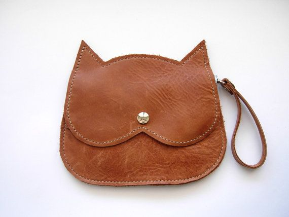 Hey, I found this really awesome Etsy listing at https://www.etsy.com/listing/193170828/light-tan-leather-cat-bag-brown-leather