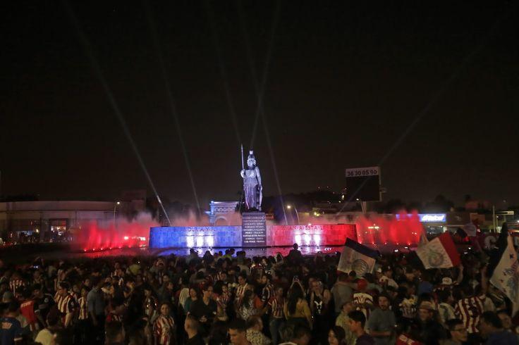 AFINAN DETALLES PARA INSTALACIÓN DE PANTALLAS EN LA MINERVA El ayuntamiento busca llevar la final del futbol mexicano al lugar para los aficionados. Buscan realizar un festejo ordenado con los seguidores.