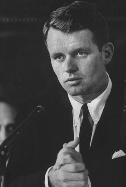 Luxuriantly remarkable photos of Robert Kennedy