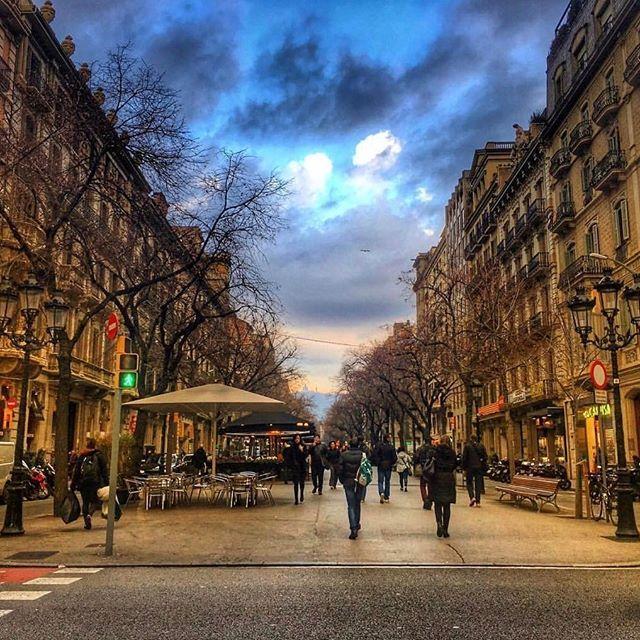 BARCELONA, SPAIN. #barcelona #spain Photo Credit: @_nkurt_ Chosen by: @toinou1375 #Espanha #Испания #スペイン #Spanien #Espanya #España #spain #Espagne #İspanya #spain🇪🇸 #🇪🇸 #vacation #travel #photooftheday #instamood #instagood #instagramhub #bestoftheday #picoftheday #instadaily #holiday #tagstagram #holidays #instatravel #tr...