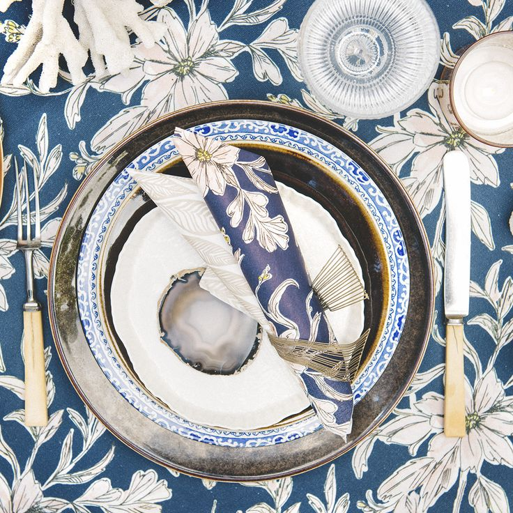 HAVI'S new Indigo Garden pattern. Beautiful indigo blue floral tablesetting for summer parties.I @havishome  #havis1829 http://www.havis.fi/en/